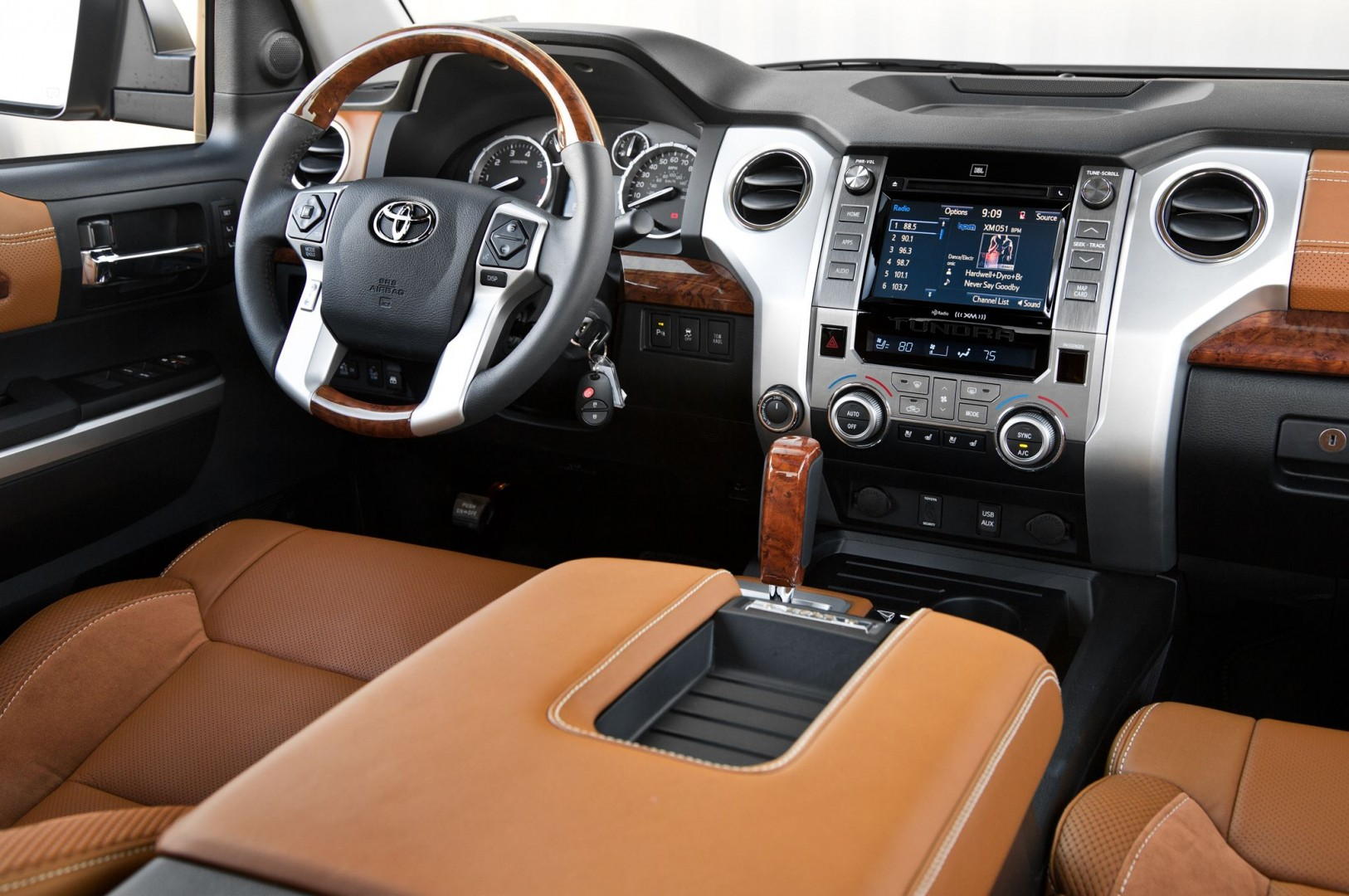 2018 Toyota Tundra Exterior Specs & Options